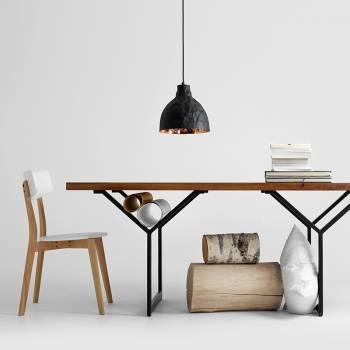 Table avec plateau bois massif huil� et pi�tement m�tal